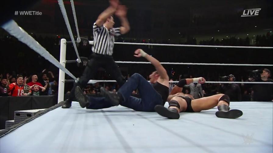 WWE-Roadblock-MainEvent
